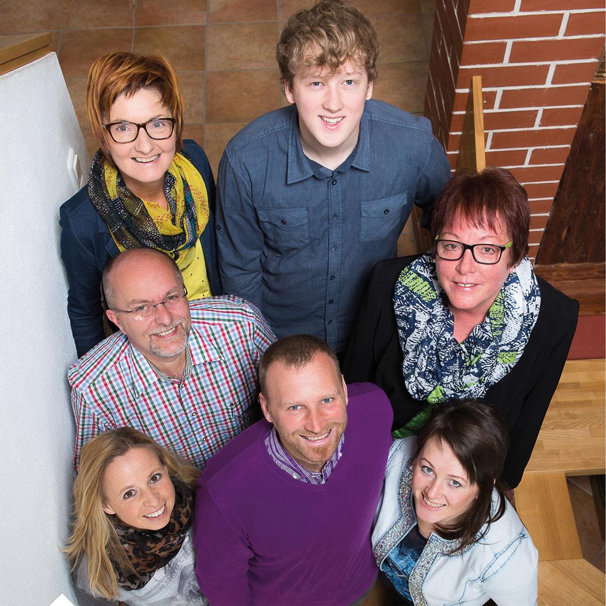 Das-Team-von-shoproither-und-pronaturshop-1